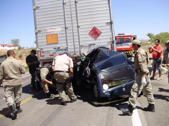 Icó-CE: Trágico acidente deixa o saldo de dois mortos e dois feridos