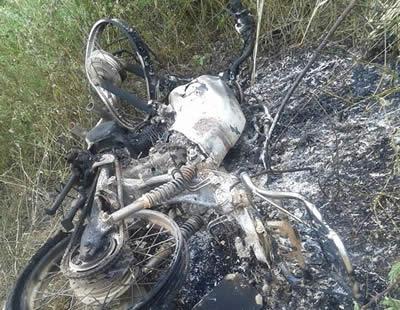 Saboeiro - Após colisão, moto explode deixando um morto e um ferido