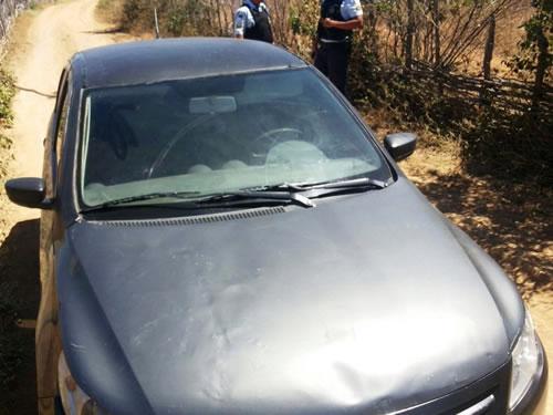 Campos Sales-CE: Vendedor é encontrado com o corpo crivado de balas dentro do seu carro
