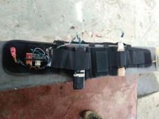 Quadrilha invade sítio e amarra cinto com explosivos no corpo de criança em Caucaia