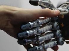 Relatório mostra que nos próximos 15 anos 250 mil funcionários públicos vão ser substituídos por robôs