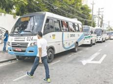 Detran aperta fiscalização contra vans do transporte intermunicipal de passageiros