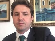 Prefeito participa de bolão da Mega-Sena e vai dividir prêmio de R$ 101 milhões