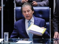 Senador Eunício Oliveira recebe alta da UTI