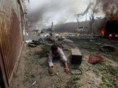 Mais de 200 mortos e 700 feridos em Ramadã afegão mais sangrento desde 2001