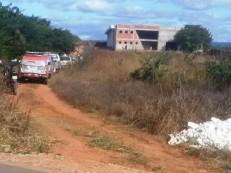 Trio roubou carro em Jardim, assaltou em Barbalha, trocou tiros com a PM em Juazeiro e dois morreram