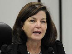 Temer ignora eleição e escolhe Raquel Dodge para chefia da PGR