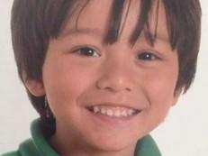 Menino de 7 anos desaparecido após atentado foi encontrado em hospital