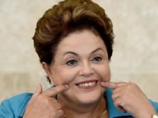 Em nota, Dilma nega ter recebido aposentadoria irregular