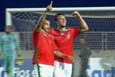 Ceará é goleado pelo Boa Esporte e embola tabela da Série B
