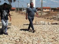 Comunidades de Mauriti ganham novos calçamentos