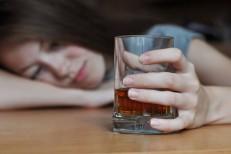Overdose pode fazer tão mal ao cérebro quanto o alcoolismo