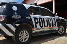 Assaltante é preso por moradores após ser abandonado por comparsa em roubo de moto