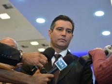 Governo estuda vender parte da Infraero em 2018