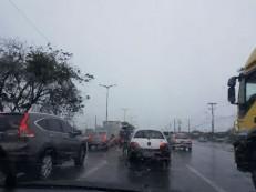 Chove em mais de 20 municípios cearenses na manhã desta quinta-feira