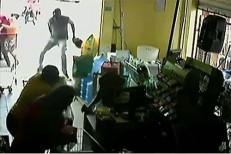 Vídeo mostra momento em que ex-PM é morto a tiros no Centro de Santa Cruz do Capibaribe