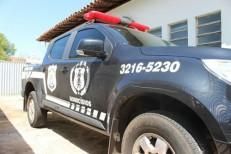 Homem é morto na frente da mãe com 18 tiros por supostos policiais em Teresina