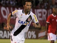 São Paulo quer tirar Nenê do Vasco