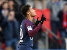 Com golaço de Neymar, PSG goleia Strasbourg de virada