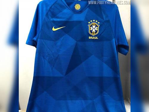"""Seleção terá camisa azul """"estrelada"""" na Copa de 2018 (Foto  Footy  Headlines Reprodução) 1f62e293109f3"""