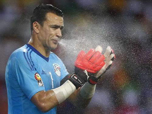 Essam El-Hadary tem 45 anos e deve ser convocado para o Mundial da Rússia  (Foto  Reprodução) 5aea0d4ddb055