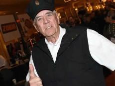 Morre ator de ´Nascido para Matar´ e ´O Massacre da Serra Elétrica´