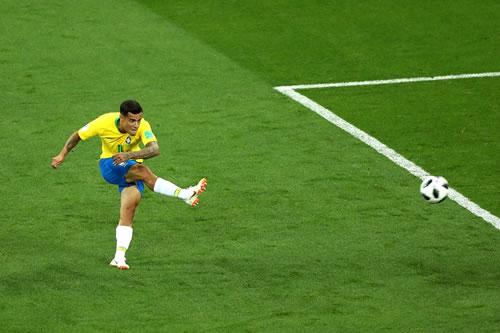 f8ce3d0d74 Gol de Philippe Coutinho é eleito o mais bonito da 1ª fase da Copa (Foto   Reprodução)