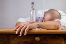 Uso abusivo de álcool mata 3 milhões de pessoas ao ano; homens são a maioria