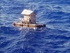 Jovem indonésio sobrevive após ficar 49 dias à deriva em cabana flutuante