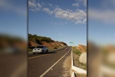 Veículo Gol capota na estrada Granjeiro/Caririaçu deixando um morto e outro ferido