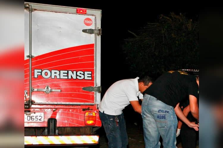 Mistério no assassinato de jovem em Mauriti, cujo corpo foi enganchado numa cerca