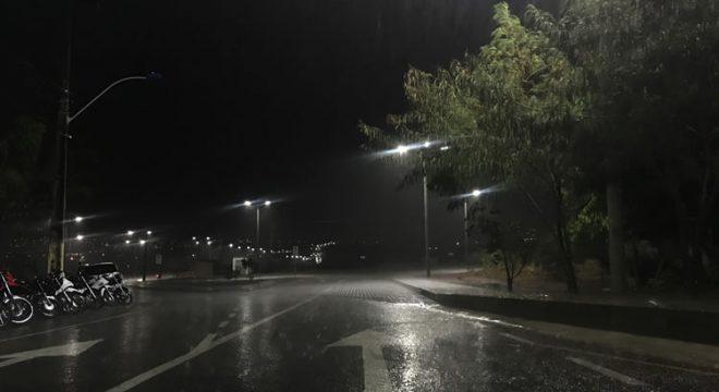 Juazeiro do Norte registra chuva breve durante a noite - Site Miséria
