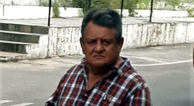 Acusado de golpes em Juazeiro prometendo casas é visto circulando em Lavras da Mangabeira