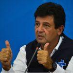 Aprovação de Mandetta é o dobro da de Bolsonaro em condução da crise do coronavírus, diz pequisa