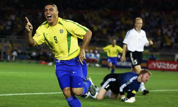 Rede Globo transmite final da Copa do Mundo de 2002 no Domingo de Páscoa