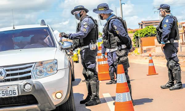 Estado tem cerca de 2 mil policiais afastados das atividades por conta da Covid-19
