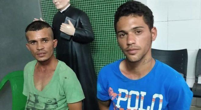 """Dupla presa após """"arrastão"""" em Juazeiro com moto roubada e outras 4 recuperadas"""