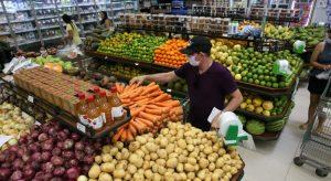 Supermercados, farmácias e demais serviços essenciais têm novas regras de funcionamento no Ceará