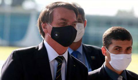 'Vai ter mais, no Brasil todo', diz Bolsonaro após operação contra Witzel