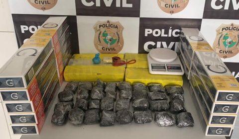Mãe e filho são presos em operação contra o tráfico de drogas no Ceará
