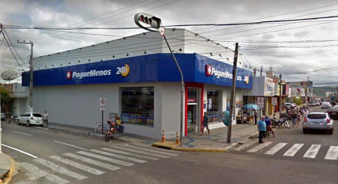 Três estabelecimentos comerciais assaltados em Juazeiro e outro em Várzea Alegre