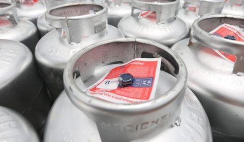 Vale-gás de cozinha: Estado distribui mais de 80 mil cupons às prefeituras nesta semana