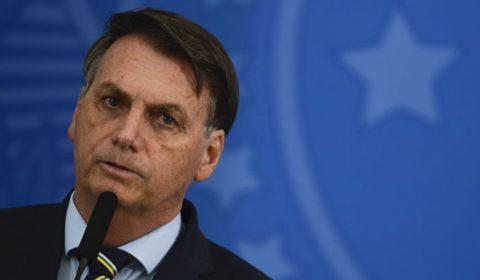 Bolsonaro deve vetar auxílio emergencial de R$ 600 para manicures e barbeiros
