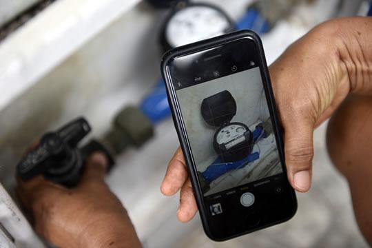 Com imagens feitas por clientes Cagece implanta leitura virtual do consumo