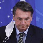 Bolsonaro faz novo veto à lei das máscaras e desobriga uso em presídios