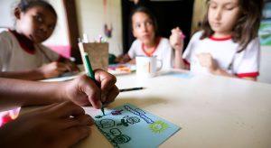 Pais de alunos vão participar de debate sobre retorno das aulas presenciais no Ceará