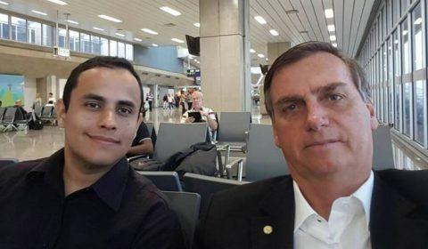 Assessor de Bolsonaro é responsável por páginas de fake news, diz investigação