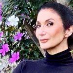Zizi Possi faz show inédito em live com parceria do Sesc Juazeiro do Norte