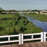 Dupla rouba R$ 1 mil de garota na passarela sobre o Rio Salgado