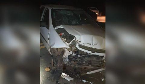 Menina de 5 anos morre após irmão de 15 bater carro